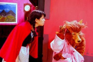 'La caputxeta vermella' arriba avui a la Unió de la mà de Transeduca per a les escoles de la ciutat