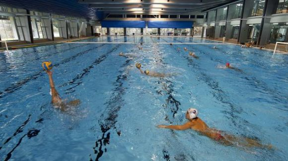 Un grup de nedadors vol crear un club de natació Sant Cugat