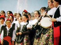 Les corals de la Unió i la Lira recorreran el centre de la ciutat cantant valsos, havaneres i sardanes