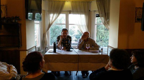 Carles Martínez posa en valor el teatre en la primera Tertúlia amb Amics de l'any