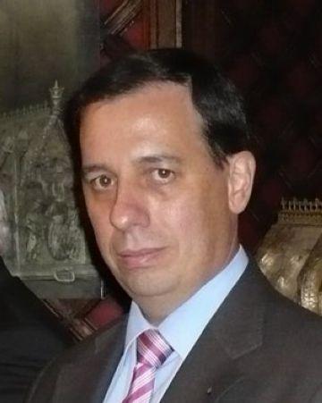 Un advocat gironí demanda una web santcugatenca per publicar la seva necrològica