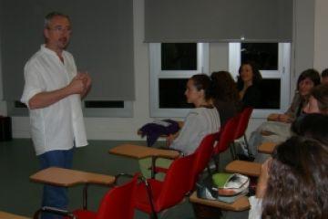 L'assessor de l'ICE-UAB Carles Parellada demana confiança entre pares i mestres per millorar l'educació
