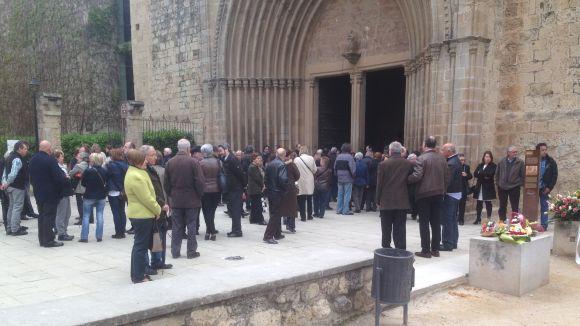 Sant Cugat s'acomiada de Carme Mas, de l'estanc de la plaça de Barcelona