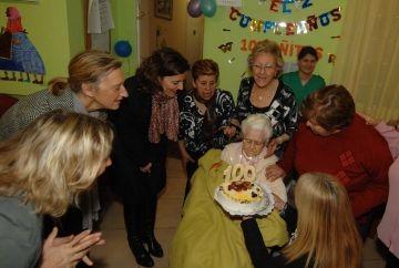 La santcugatenca Carme Espigares, homenatjada pel centenari del seu naixement