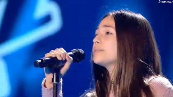Carmen, en la l'actuació a 'La Voz Kids' / Foto: Telecinco.es