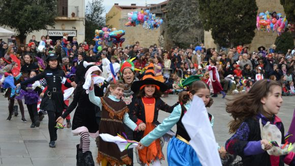 El Ball de Gitanetes segueix creixent i fa gran el Carnaval infantil