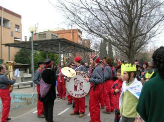 Els districtes celebren el Carnaval amb concursos de disfresses i cercaviles