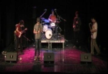 La qualitat musical marca el concert dels Carolina Chicken i els Mood