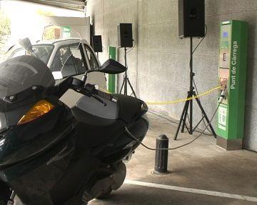 Quatre usuaris en dos anys, balanç dels punts de càrrega per a vehicles elèctrics