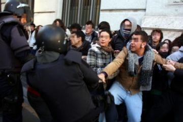 La CUP dóna suport als estudiants valencians afectats per les càrregues policials