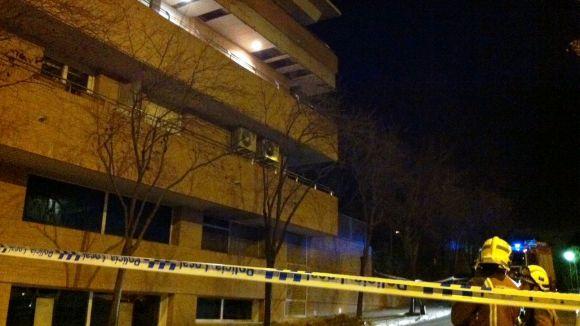 Despreniment parcial sense ferits d'una façana del carrer d'Alella