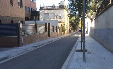 El nou aspecte del carrer Barcelona prioritza els vianants als aparcaments