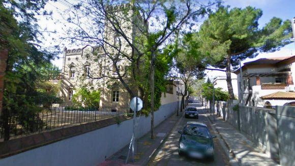 Un tram del carrer de Pahissa es talla avui i demà al trànsit per unes obres