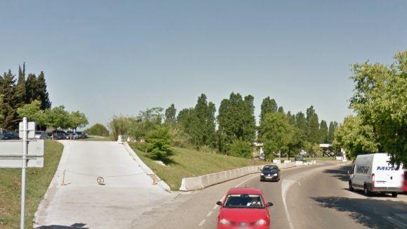 La carretera de Rubí continua la seva millora amb voreres al carrer Colònia Torró