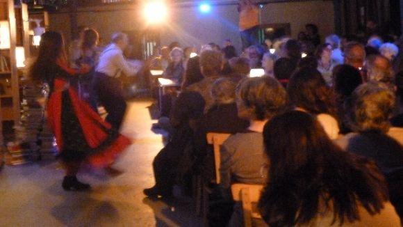 El teatre de Montalbán inunda la Biblioteca Central en el seu 20è aniversari