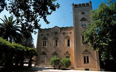 Veïns de l'Eixample Sud demanen a l'equip de govern que l'entorn de la Casa Mònaco es dediqui a equipaments