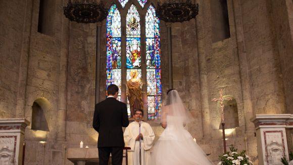 Les cerimònies catòliques segueixen per sota de les civils a Sant Cugat