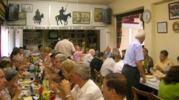 El dinar típic és l'activitat estrella de les 29es Jornades Culturals del Centro Castellano-Manchego