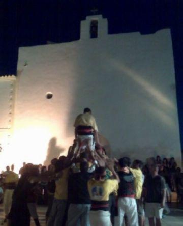 Els Castellers de Sant Cugat són a Formentera per acostar la tradició a l'illa