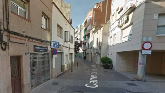 Els carrers de Castillejos i Sant Domènec tindran pilones mòbils d'aquí a un mes