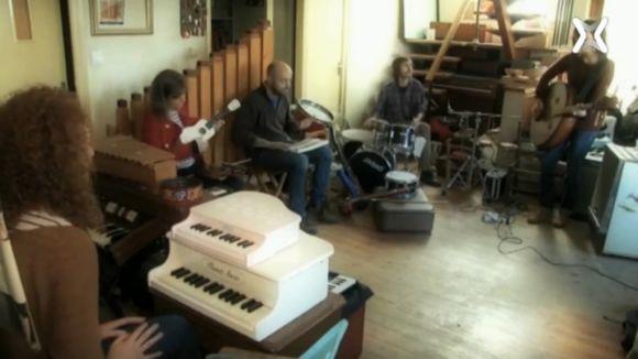 'Catsons' presenta el nou disc del grup Orquestra Fireluche