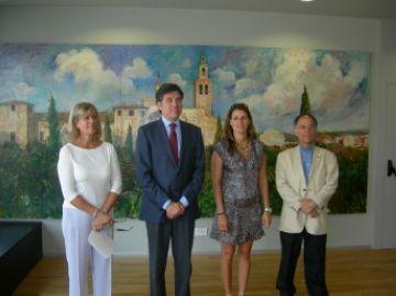 Sant Cugat rep el quadre 'Monestir de Sant Cugat del Vallès' del pintor Joan Martí