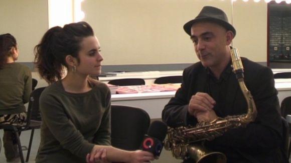 Andrea Motis i Joan Chamorro en una entrevista al Teatre-Auditori