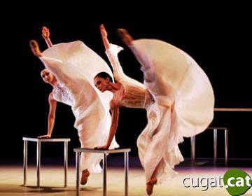 La dansa més clàssica i professional del ballet Biarritz encisa el públic del Teatre-Auditori
