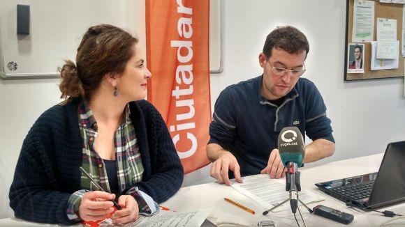 Munia Fernández-Jordán i Sergio Blázquez han presentat la moció