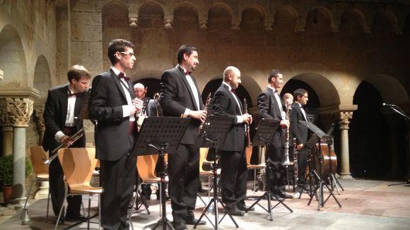 La Cobla Jovenívola de Sabadell converteix en tradició l'actuació al Claustre