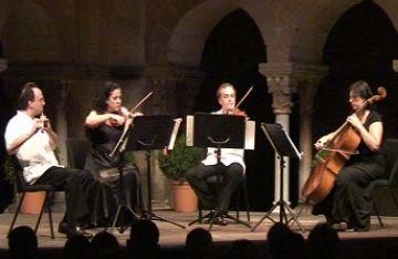 Hekàteros tanca el cicle 'Nits de Música al Claustre' trencant la rigidesa dels quartets clàssics