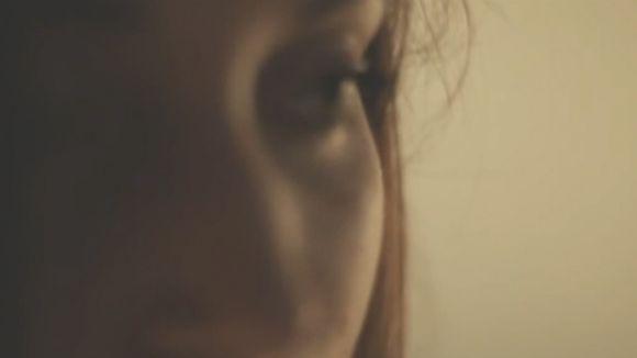 Alba Llibre al programa 'Clips' de Cugat tv amb 'Love me tender'