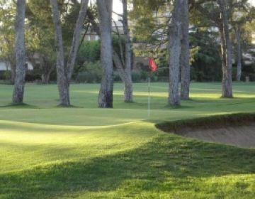 El Club de Golf Sant Cugat cerca mesures per eixugar el seu deute