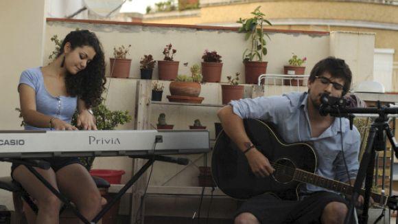 El duet Cold Hands actua avui al migdia al Concert-Vermut d'El Siglo
