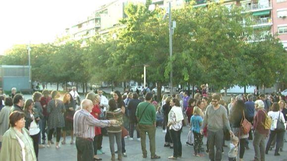 200 persones es concentren a favor de l'escola pública catalana i reproven les acusacions d'adoctrinament