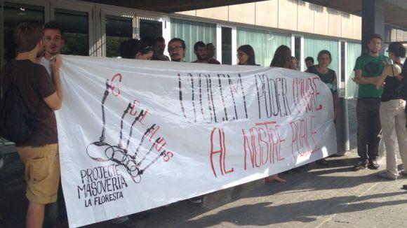 El PP rebutja l'okupació de les cases de la Floresta