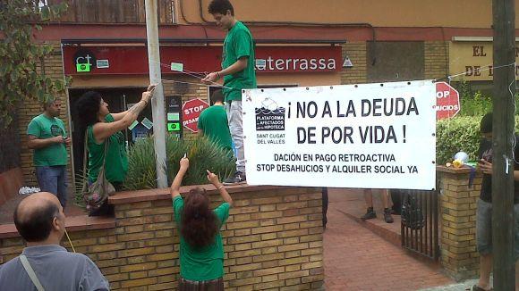 La PAH, escèptica davant el recurs del PSOE a la llei antidesnonaments