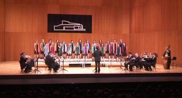 El Teatre-Auditori acull el Cor Aglepta i La Principal de la Bisbal en un concert molt familiar