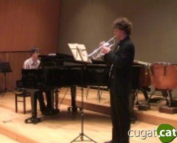 Ple en el primer concert de germanor entre l'escola Fusió i el conjunt d'Alba Ludovico Rocca