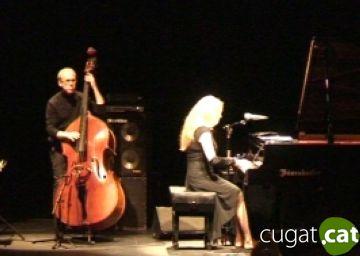 La pianista brasilera Elíane Elías recupera l'estil profund del jazz pel Teatre-Auditori