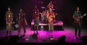 Arrenca el 'Mou-te' al ritme del reggae de Microguagua