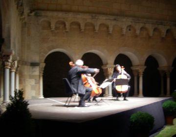 El 5è Festival de Música de Cambra arrenca amb força amb un primer concert de violoncels