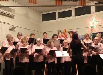 La Coral Tardor porta el Nadal a la Floresta amb un concert tradicional i càlid