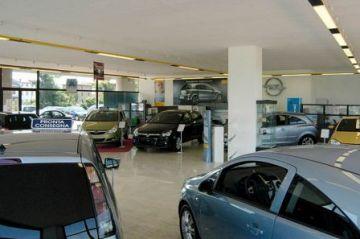 La crisi continua maltractant el sector de l'automòbil