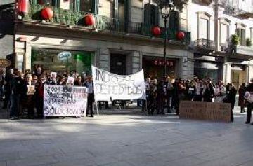 La plantilla d'Indo torna a protestar a Barcelona, però endarrereix la vaga