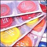Demanen màquines expenedores de preservatius als instituts.