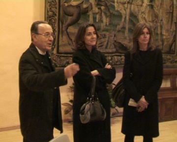Conesa visita Càritas en el seu primer acte com a alcaldessa