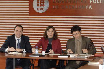 Conesa presenta el projecte de ciutat intel·ligent al món universitari