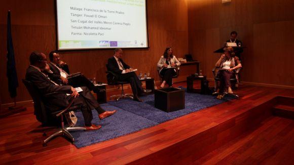 L'alcaldessa Mercè Conesa amb la resta d'alcaldes / Font: Premsa de l'Ajuntament