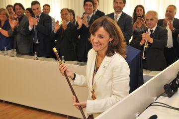Conesa assumeix l'alcaldia apostant per una austeritat compatible amb les polítiques socials